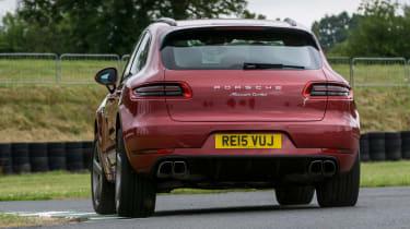 Porsche Macan Turbo - rear cornering