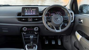 Kia Picanto X-Line - dash