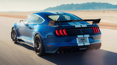 Ford Mustang Shelby GT500 - rear action