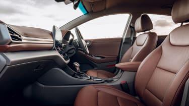 Hyundai Ioniq hybrid front seats