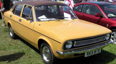 Top 10 worst cars - Morris Marina beige