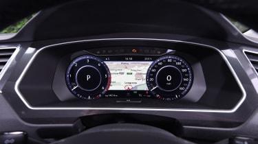 Mazda CX-5 vs Skoda Kodiaq vs VW Tiguan - Volkswagen Tiguan dashboard
