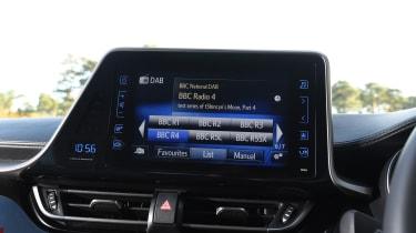 Toyota C-HR - radio