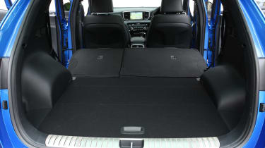 Kia Sportage 48V hybrid - boot seats down