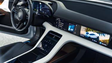 Porsche Mission E Cross Turismo - interior