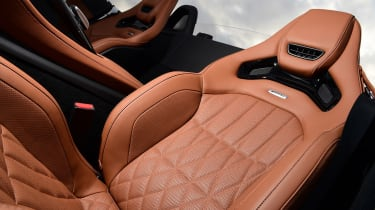 Mercedes-AMG GT R Roadster - seats
