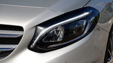 Mercedes B220 CDI 4MATIC Sport - headlight
