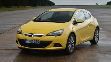 Vauxhall Astra GTC 1.6T SRi front static
