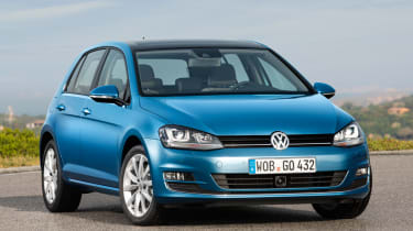 Volkswagen Golf 1.4 TSI front three-quarters