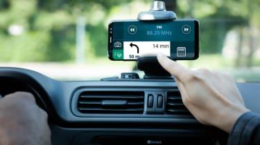 Fiat Panda Waze smartphone