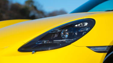 Porsche Cayman - headlight