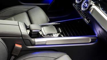 Mercedes GLB - studio centre console