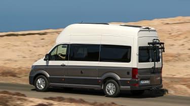 Volkswagen Grand California - rear action