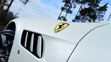 Ferrari GTC4 Lusso T - profile