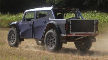 Fering Pioneer 4x4 - rear
