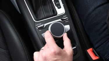 Audi Q2 35 TFSI long-termer - MMI wheel