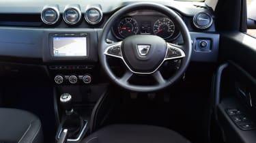 Dacia Duster - dash