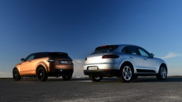 Porsche Macan vs Range Rover Evoque rear