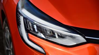 Renault Clio - headlight