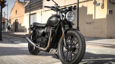 Triumph Street Twin review - static front
