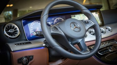 Mercedes E-Class Cabriolet - steering wheel