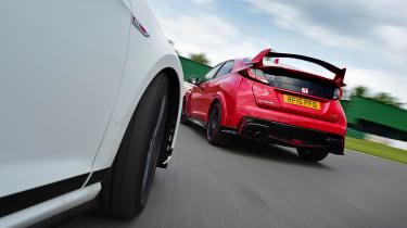 Volkswagen Golf GTI Clubsport vs Honda Civic Type R - rear