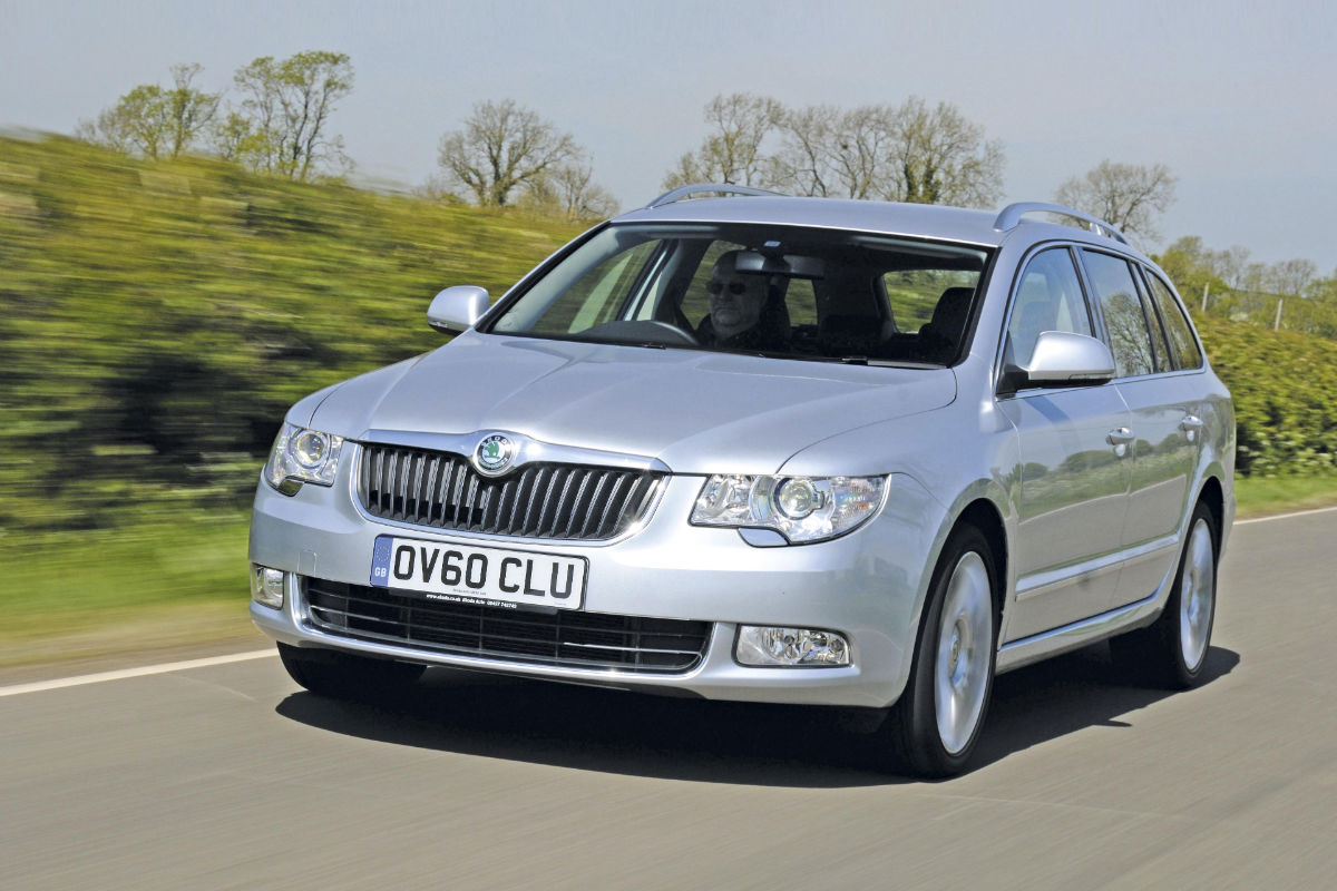 Skoda Superb 2 0 Tdi Car Group Test Auto Express