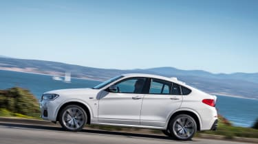 BMW X4 M40i - side tracking 3