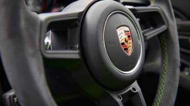 Porsche 911 GT3 RS - steering wheel