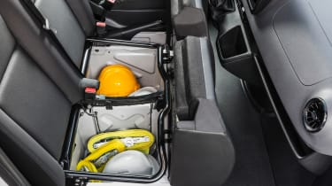 Mercedes Sprinter 2018 - storage
