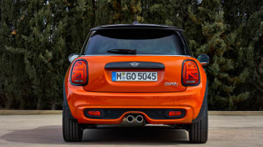MINI Hatch - full rear