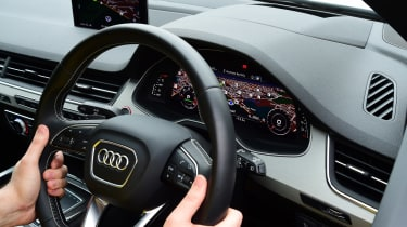 Audi SQ7 long-term second report - steering wheel