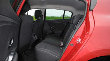 Renault Megane vs Ford Focus vs SEAT Leon seats