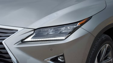 Lexus RX 450h light detail