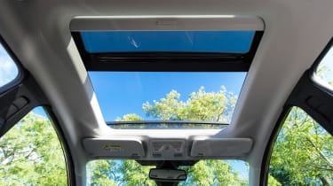 Ford Fiesta - panoramic roof