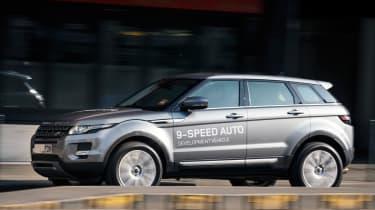 Range Rover Evoque nine-speed side