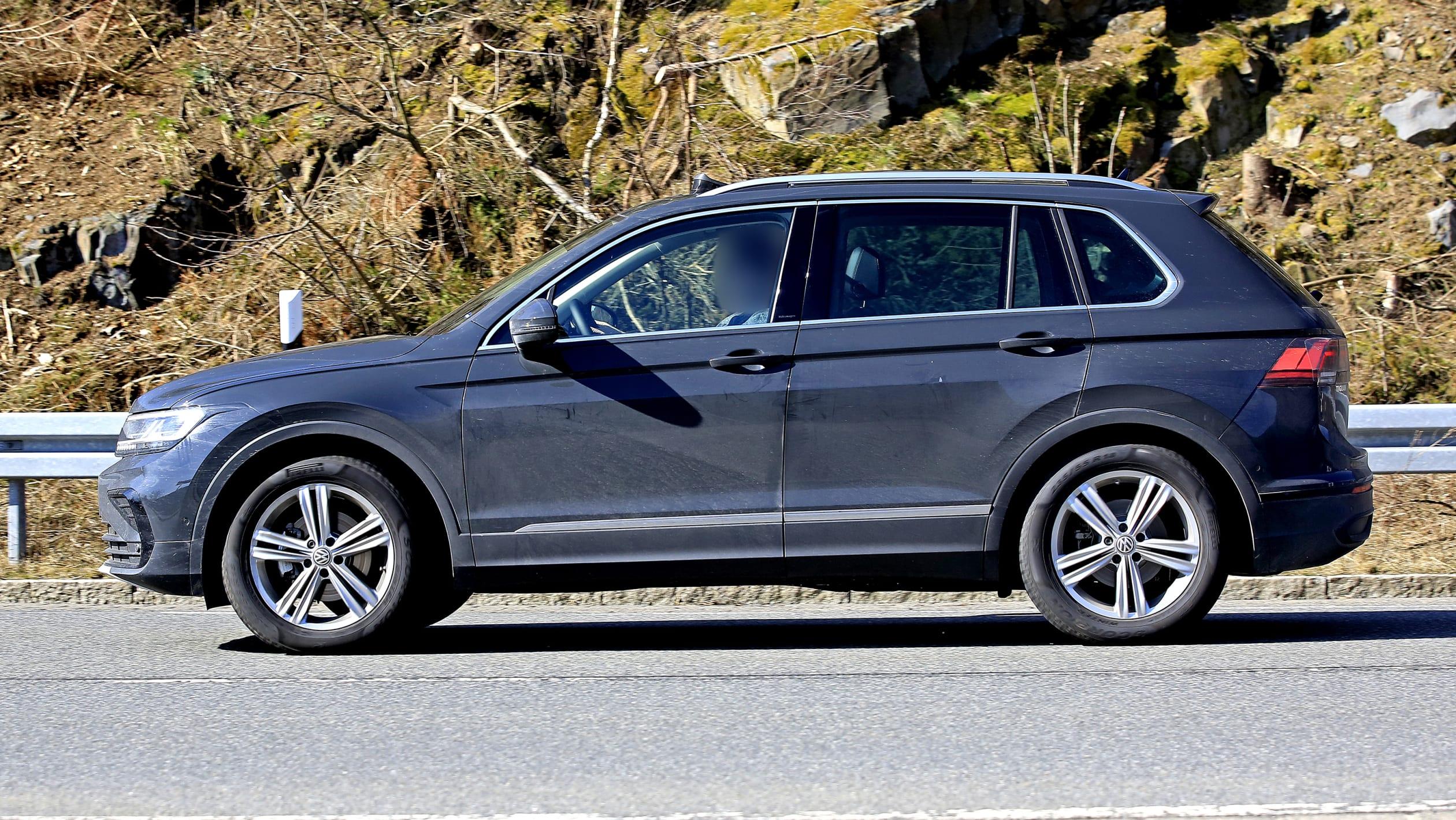 Volkswagen Tiguan 2020 facelift spy shots and teaser ...