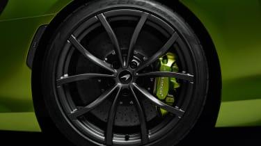 McLaren Artura - studio wheel