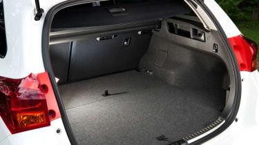 Toyota Auris Touring Sports boot