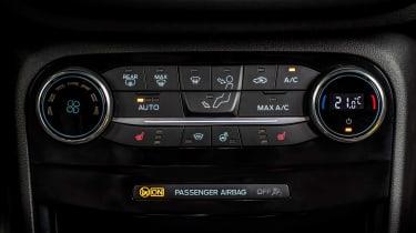 Ford Puma - centre console