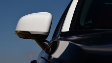 Volvo XC40 T3 - mirror