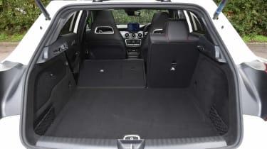 Mercedes GLA facelift - boot