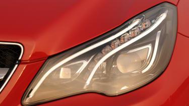 Mercedes E400 Cabriolet headlight