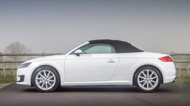 Audi TT Roadster 180 2016 - roof closed