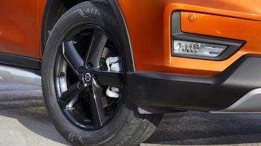 Nissan X-Trail Platinum Edition - wheel