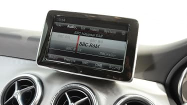 Used Mercedes CLA - infotainment
