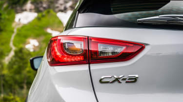 Mazda CX-3 GT Sport - rear light