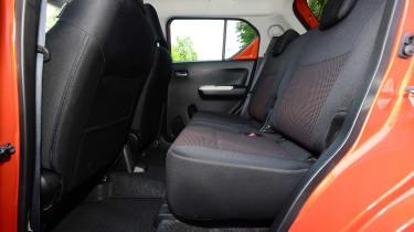 Suzuki Ignis - rear seats