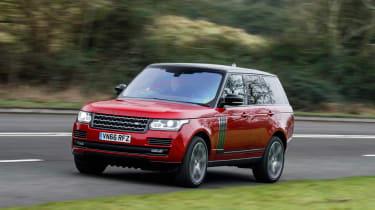 Range Rover SVAutobiography Dynamic 2017 - front cornering 3