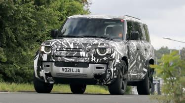 Land Rover Defender 130 front